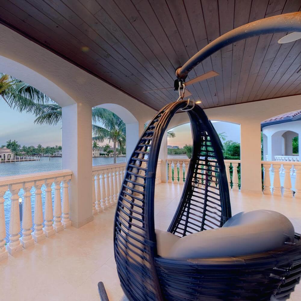Kathryn Interiors Design - Outdoor porch in Miami